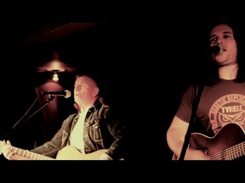 Mike Sweeney & Paddy O'Hare - (I'm A) Walking Down The Line (Official Video)