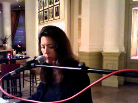 Ann Louise Christensen performing in Holland