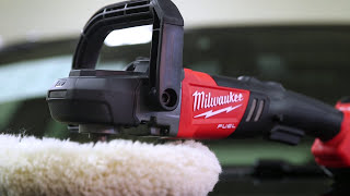 "Milwaukee M18 FUEL™ 7"" polermaskin med variabel hastighet"