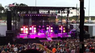Chase Rice •Look At My Truck• | Lorain County Fair | August 25th 2015