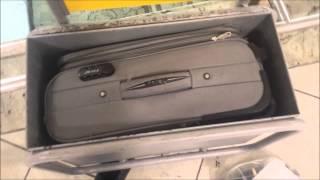 Volotea truffa i passeggeri sulle misure dei bagagli a mano?