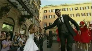 David Gandy Performance Piazza Mignanelli, Rome - Unravel Travel TV