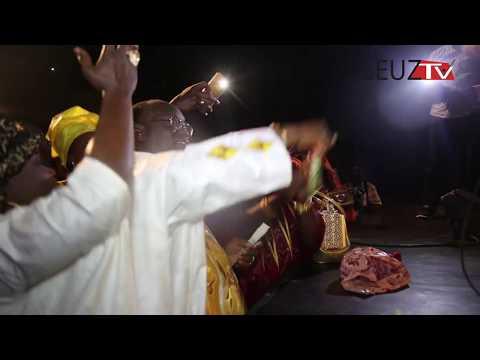 Vidéo:Le Batré de maitre El Hadj Diouf à l'anniversaire de Ndéye Diouf