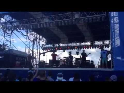 Stiletto Red Live @ Sunfest 2013 (Song: World On Fire)