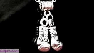 ボクシンググローブネックレスボクサーペンダントクリードファンロッキーファンモハメドアリムハマドアリカシアスクレイファン必見のボクサーグローブネックレス!ボクシングアクセサリー