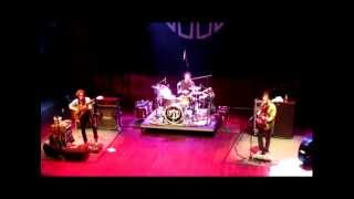 John Butler Trio - C'mon Now (Live at House of Blues in Dallas, TX) Nov 19, 2010