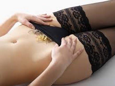 Medico della donna sul trattamento della prostata