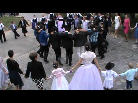 Ismerősök és a házasság megjelenítése sudd. újság