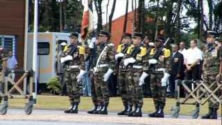preview picture of video 'Cérémonie de levée des corps au 9e RIMA, Cayenne, le 2 Juillet 2012.'