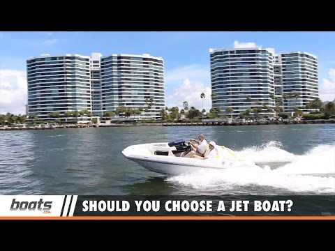 Boating Tips: Should You Choose a Jet Boat