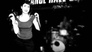 DANCE HALL CRASHERS - HE WANTS ME BACK.wmv