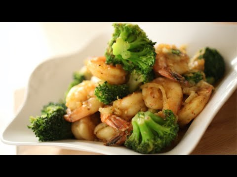 Video Beth's Quick & Easy Shrimp Stir Fry | ENTERTAINING WITH BETH