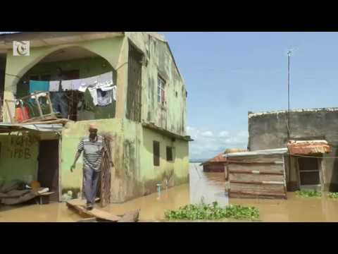 Deadly floods sweep Nigeria