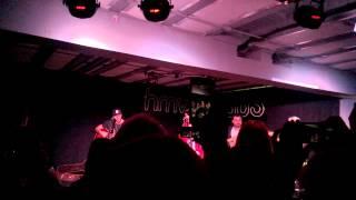 Young Guns - Daylight (live at HMV)