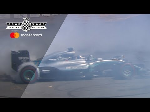 Valtteri Bottas punishes Nico Rosberg's 2016 Mercedes F1 tyres at FOS