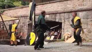 preview picture of video 'Stadtwache Virtus auf dem Mittelaltermarkt Herzogenaurach 2014'