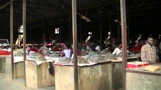 preview picture of video 'Rwanda 2011 - Kimironkomarket Kigali'