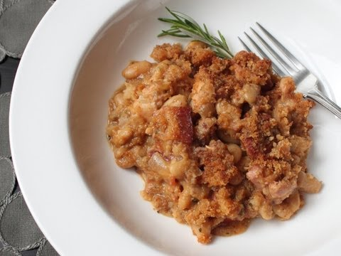 Quick Cassoulet Recipe – French Pork and Bean Casserole
