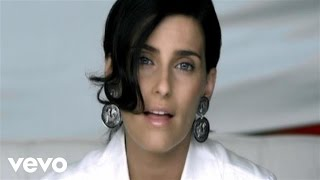 Manos Al Aire - Nelly Furtado  (Video)