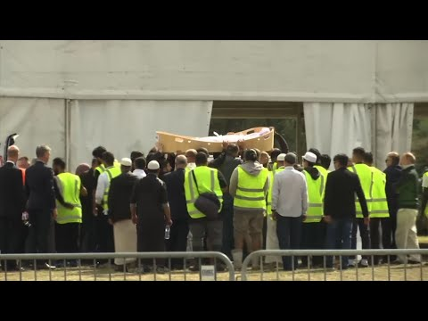 The first funerals for some of the 50 victims of last week's shootings at two mosques in New Zealand have begun. Christchurch authorities spent four days constructing a special grave at a city cemetery that is designated for the Muslim burials. (March 20)