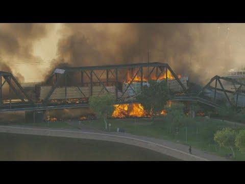 Team coverage of fire, derailment on train beidge over Tempe Town Lake