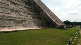 preview picture of video 'The new 7 wonders of the world. El Castillo, Kukulcán Pyramid, Chichén Itzá. Yucatán, Mexico.'