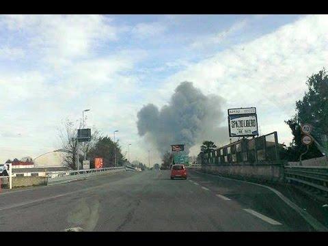 Incendio in un'azienda di Rescaldina