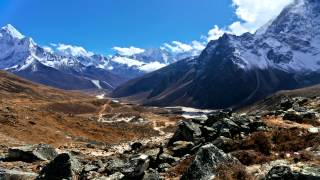 preview picture of video 'Time-lapse of clouds passing over the Pheriche valley, Ama Dablam and Taboche.'