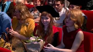 Почти 10% выпускников окончили НовГУ с отличием