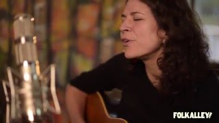Folk Alley Sessions At 30A Jeffrey Foucault And <b>Kris Delmhorst</b>  If This Aint Heaven