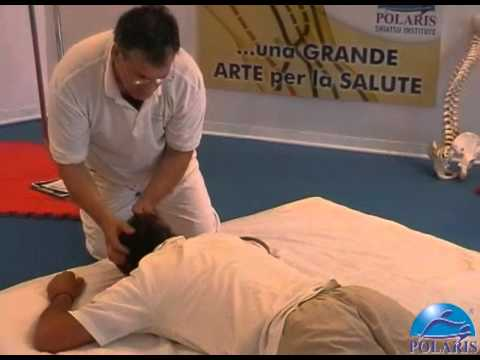 Esercizi con le immagini per rafforzare i muscoli della schiena in osteocondrosi