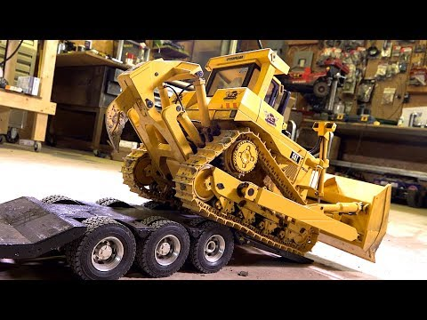 RC ADVENTURES - D10T DOZER Gets A Sound Upgrade - RC4WD 1/14 Scale DXR2