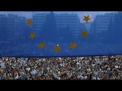 Βρυξέλλες: Διαδήλωση αλληλεγγύης στην Ελλάδα