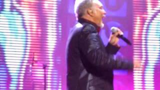 What's new Pussycat and She's a Lady - Tom Jones, Wembley, 24 Oct 09