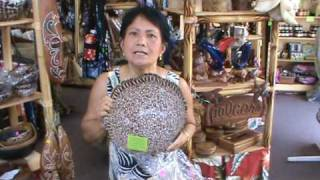 preview picture of video 'Onny's island collections shopping Kailua Kona international market'