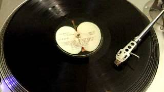 The Beatles - Revolution 9 (vinyl LP - first 40 seconds backwards)