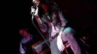 "Charlotte Gainsbourg ""Just Like a Woman"" (Dylan cover) LIVE in Brooklyn 1/20/10"