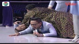 Detik-Detik Ivan Gunawan Menindih Ramzi Dan Irfan Hakim (D'Academy 4 Top 15 Result Group 2)
