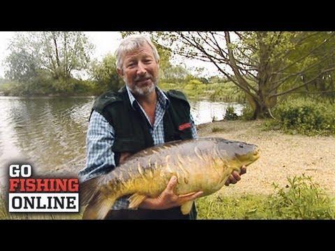 John Wilson med en 14 kilos spejlkarpe