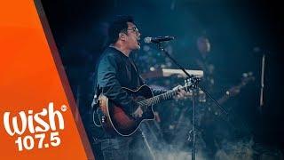 """December Avenue performs """"Sa Ngalan Ng Pag-ibig"""" LIVE on Wish 107.5"""