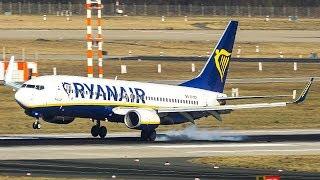 A SMOOTH RYANAIR BOEING 737 LANDING on the left wheel (4K)