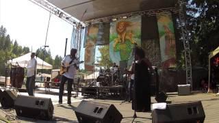 Oliver Mtukudzi and Black Spirits 'Mai Varamba' Reggae on the River July 22 2012