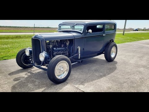 1932 Ford 390 Cadillac 3 2 Barrels Running