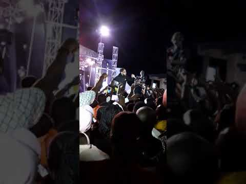 Phyno live performances