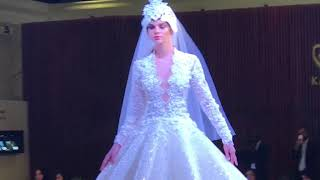 Swan Dress by Harvey Cenit (music: Habanera by Charlotte Church)
