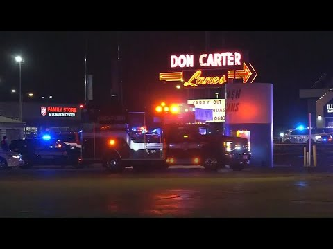 Suspect charged in Illinois bowling alley shooting