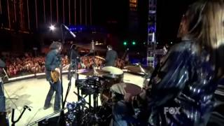 Joe Nichols  -   Tequila Makes Her Clothes Fall Off  ((Live))