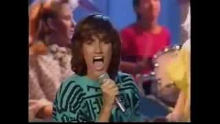KIDS Incorporated - Give Me A Shot (1986 - 720p HD Remaster Repost)