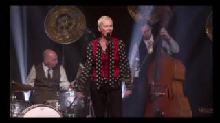 Annie Lennox - See Amid The Winter Snow (Live 2014)