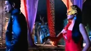 arjun and arohi chammak challo remix